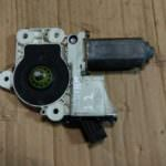 motorchik podemnika zad.lev. 15 150x150 - Моторчик стеклоподъемника задней левой двери